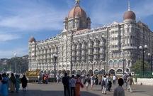 <p>Taj Majal Hotel</p>
